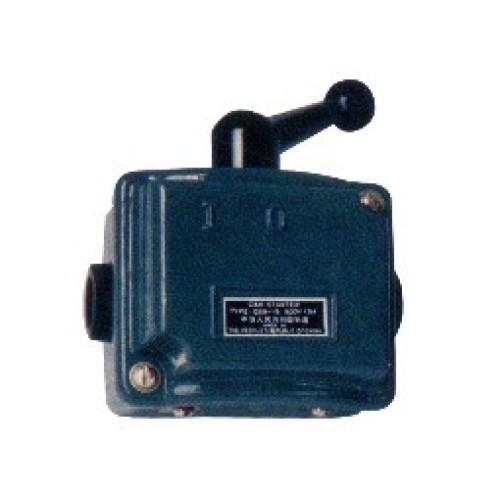 Διακόπτης αναστροφής 1-0-1 3P 15A μεταλλικο κουτί QS5-15N KZE